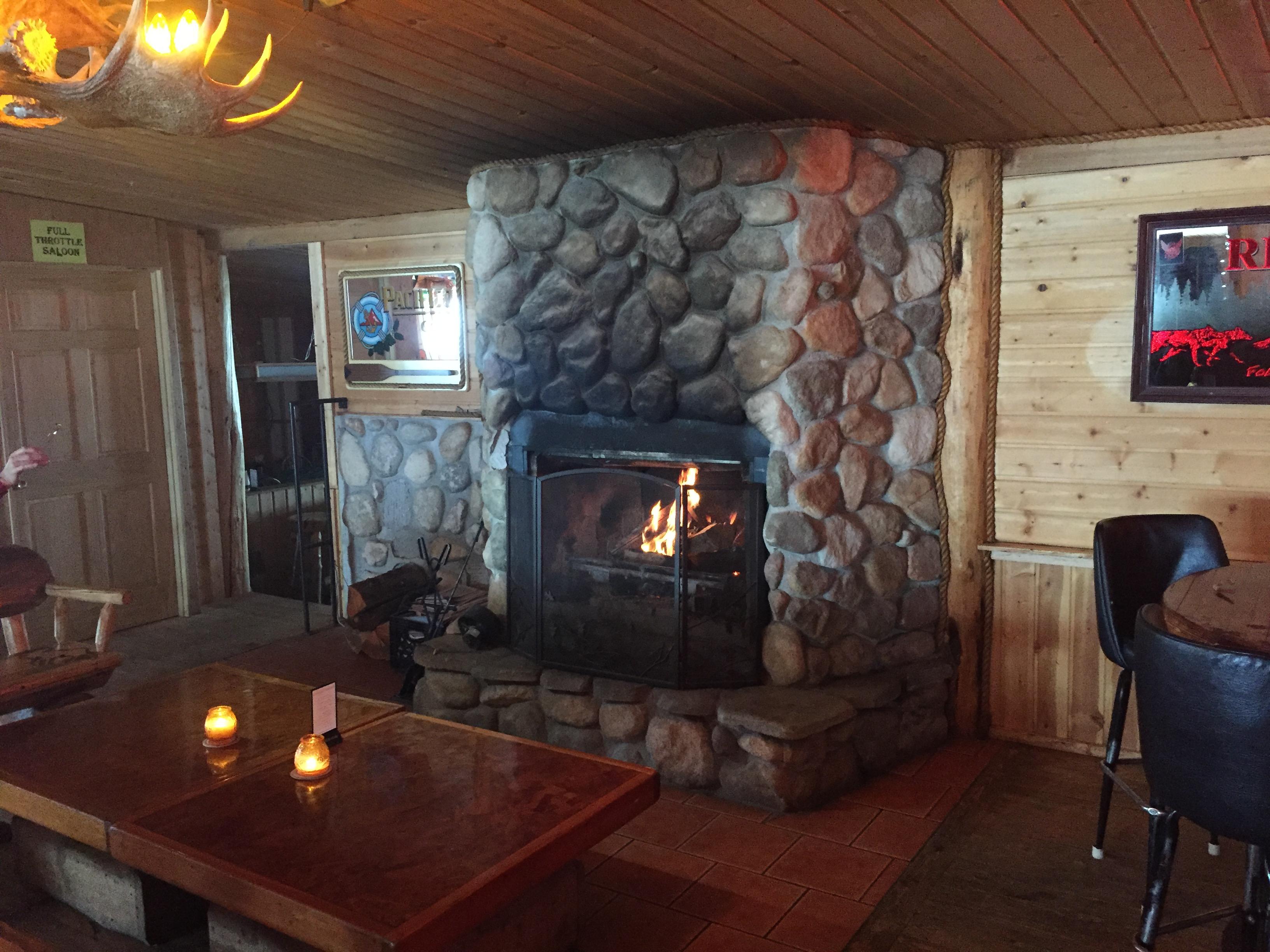 bull moose saloon  bar  alpine wyoming